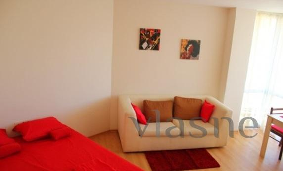 Studio flat to rent accommodation. The apartment is furnishe