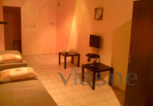Private room with separate entrance and bathroom. There are