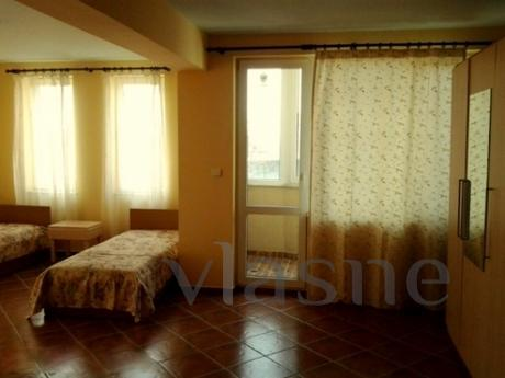 Room for rent in Varna, in the center. The room has three be
