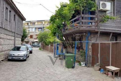 Apartment near the beach - Pomorie, Burgas - apartment by the day